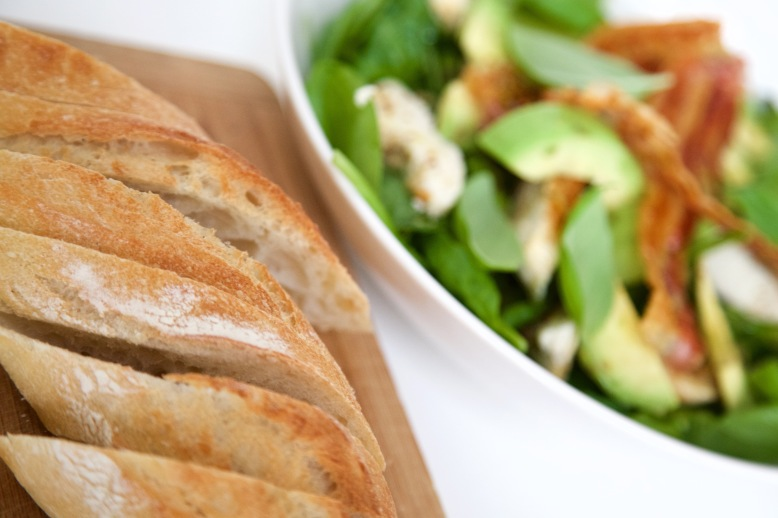 Bacon Avocado Salade met groene asperges