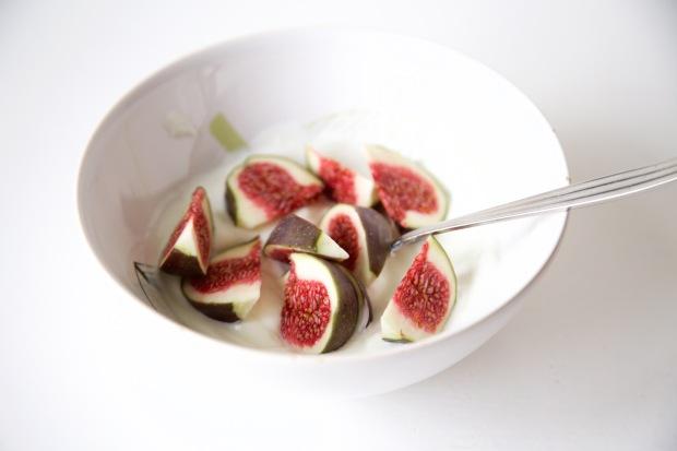 Verse vijgen met volle Griekse yoghurt