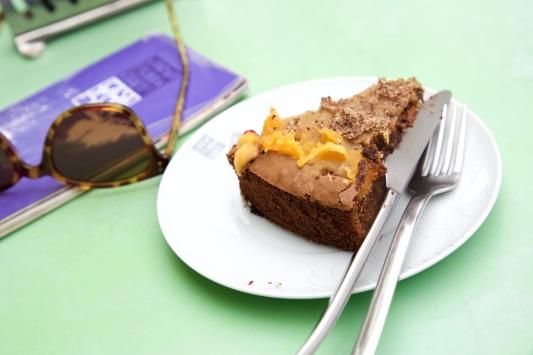 Chocolade Hazelnoten taart bij het Art Nouveau Museum