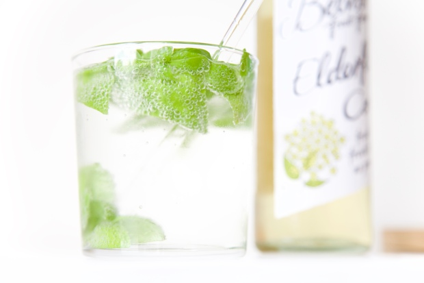 gin vlierbes basilicum cocktail